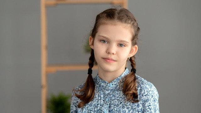 Десятилетней девочке из Тихорецка нужен слуховой аппарат за 155 тысяч рублей