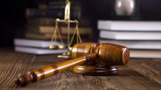 В Новороссийске адвокату дали 10 месяцев колонии за попытку мошенничества
