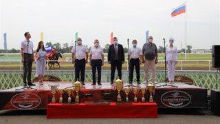 На Краснодарском ипподроме прошли скачки на приз губернатора Кубани и ЗСК