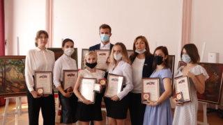 На Кубани одаренные студенты получили премии краевой администрации