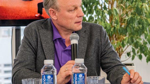 Сторонник «Новых людей» Сергей Жигунов принял активное участие в конференции в курортной столице Краснодарского края